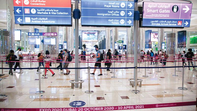 حلم السفر والإقامة في الإمارات يراود الكثير حول العالم.  أرشيفية