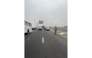الصورة: تصادم 28 مركبة على شارع الإمارات في دبي بسبب الضباب