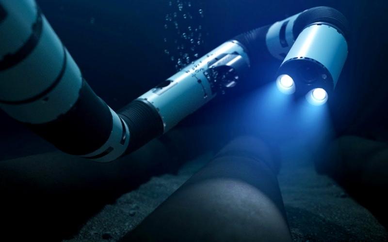 الصورة: «ثعبان آلي» يُصلح أعطال معدّات شركات النفط والغاز في أعماق البحار