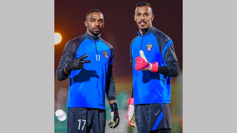 خالد عيسى ومحمد بوسندة خلال التمارين الأخيرة للعين.  من المصدر