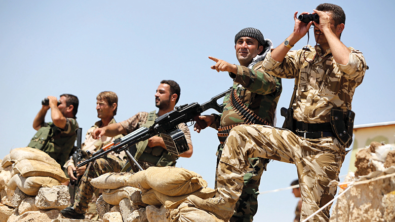 وحدات «حماية الشعب الكردية» لاتزال تحارب تنظيم «داعش» بمساعدة الجنود الأميركيين.   أرشيفية