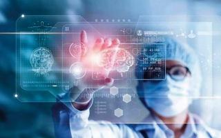 الصورة: «الصحة» تطور أنظمة ذكية لمواجهة «السل» و«كوفيد-١٩»