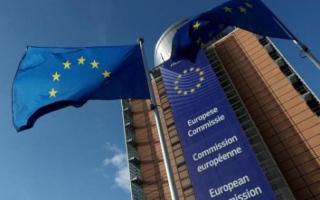 الصورة: المفوضية الاوروبية تعتزم اقتراض 800 مليار يورو لتعزيز الاقتصاد الأخضر الرقمي