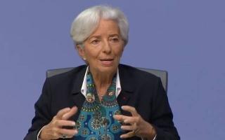 """الصورة: لاجارد: اقتصاد منطقة اليورو مازال """"على عكازين"""""""