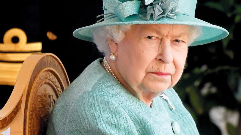 الملكة استأنفت نشاطها.   رويترز