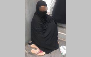 الصورة: شرطة دبي تضبط 12 متسولاً في أول أيام رمضان