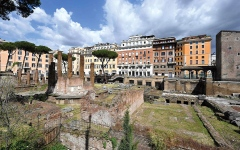 الصورة: موقع اغتيال يوليوس قيصر في روما يُتاح للجمهور سنة 2022