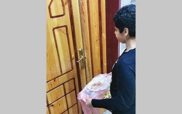 الصورة: تحذير طبي من تبادل وجبات الإفــــطار بـين الجيران