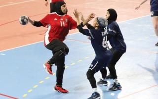 الصورة: قمة فاصلة على لقب دوري اليد بين سيدات النصر والجزيرة