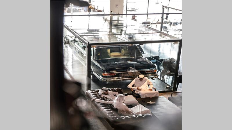 ما يميز المشروع هو سيارة للشيخ زايد من طراز «مرسيدس بولمان 600» تعود لعام 1967.  من المصدر