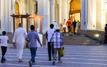 الصورة: الحداد: حضور المصاب بـ «كورونا»  إلى المسجد «غير جائز» شرعاً