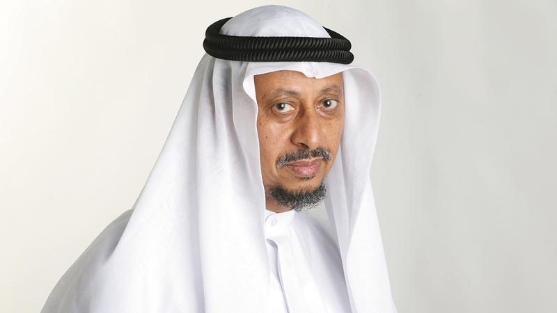 الدكتور أحمد الحداد:  «العالم كله يعيش حالة صحية طارئة تستدعي من الجميع الاستمرار في الاحتراز من الوباء بالتباعد الجسدي في كل مكان».