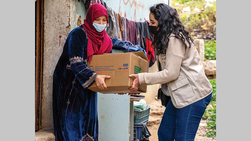 خلال عمليات توزيع الطرود على الفئات المستهدفة في الأردن وباكستان.   من المصدر
