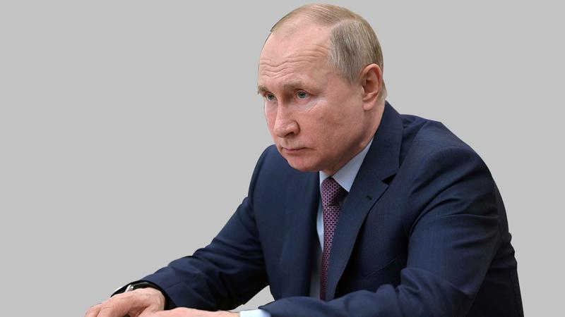 بوتين يريد تحويل الأنظار بعد تراجع شعبيته. À أ.ب