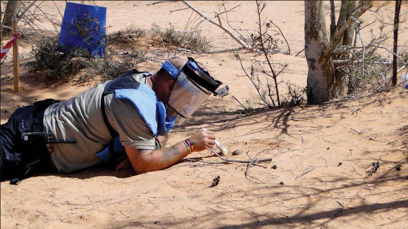 نزع الألغام في ليبيا يكلف أموالاً باهظة وخبرات فنية لا تقدر عليها الحكومة.  أرشيفية