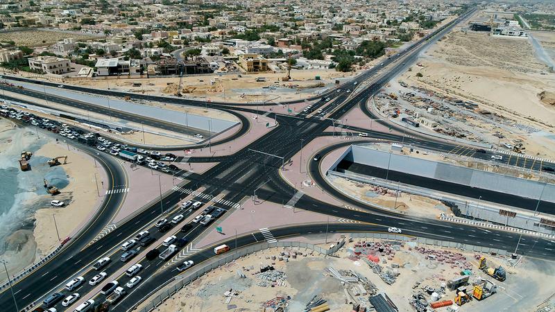 نفق تقاطع شارع الخوانيج مع شارع الشيخ زايد بن حمدان آل نهيان.   من المصدر