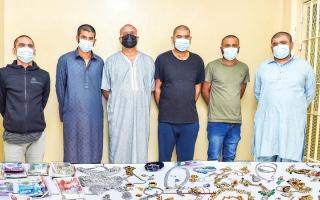 القبض على عصابة متخصصة في سرقة المنازل