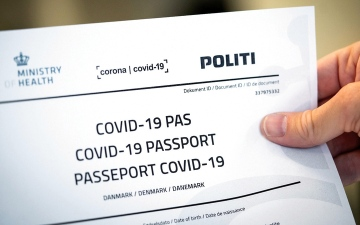 الصورة: «الصحة العالمية»: منح «جوازات سفر للمُلقحين» لن يكون عادلاً للدول الأكثر فقراً