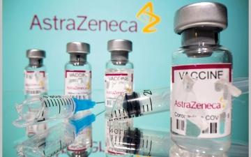 الصورة: «أسترازينيكا» تسعى لتطوير لقاح مضاد لسلالة جنوب إفريقيا