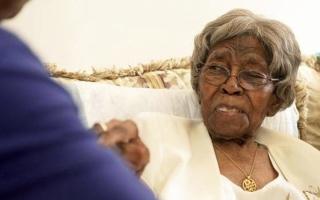 الصورة: وفاة عميدة سن الأميركيين.. 116 عاماً ومئات الأحفاد
