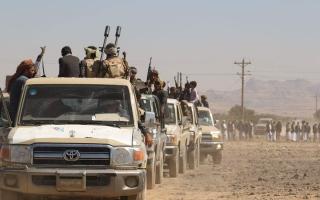 الصورة: الجيش اليمني يسيطر على جميع المناطق بين جبهتي «الكسارة والمشجح»