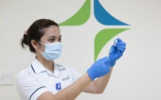 الصورة: دبي تسعى لتطعيم 100% من الفئات المستهدفة
