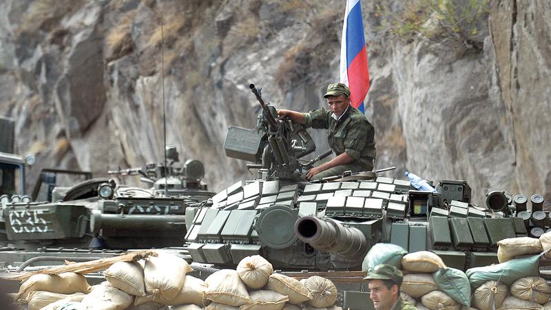 الجيش الأوكراني في حالة استعداد إبان اعتداء روسيا على هذه الدولة في عام 2008.   غيتي