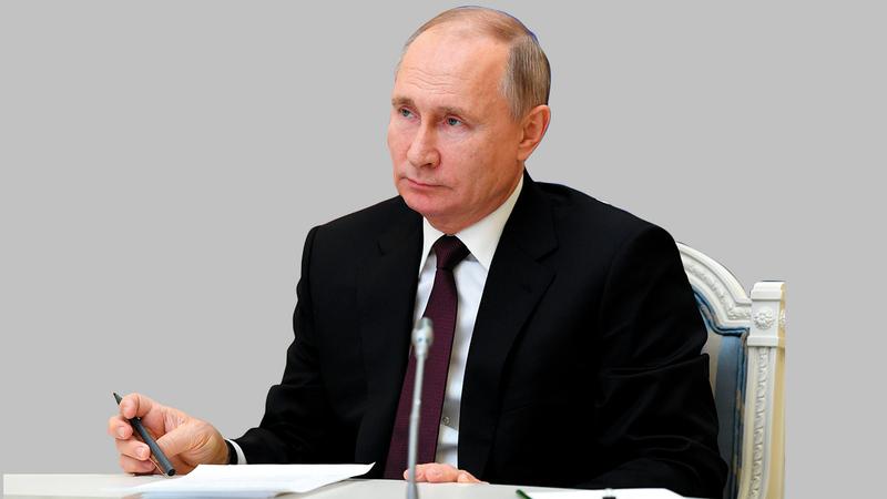 بوتين شكك في مدى استقلالية أوكرانيا كدولة.  أ.ب