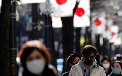 الصورة: اليابان تخطط لفرض حالة طوارئ في طوكيو لمكافحة كورونا