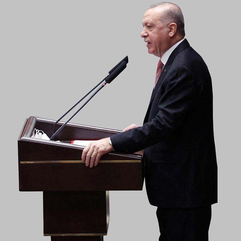 حزب أردوغان سيفوز في الانتخابات لو أجريت اليوم.   أ.ف.ب