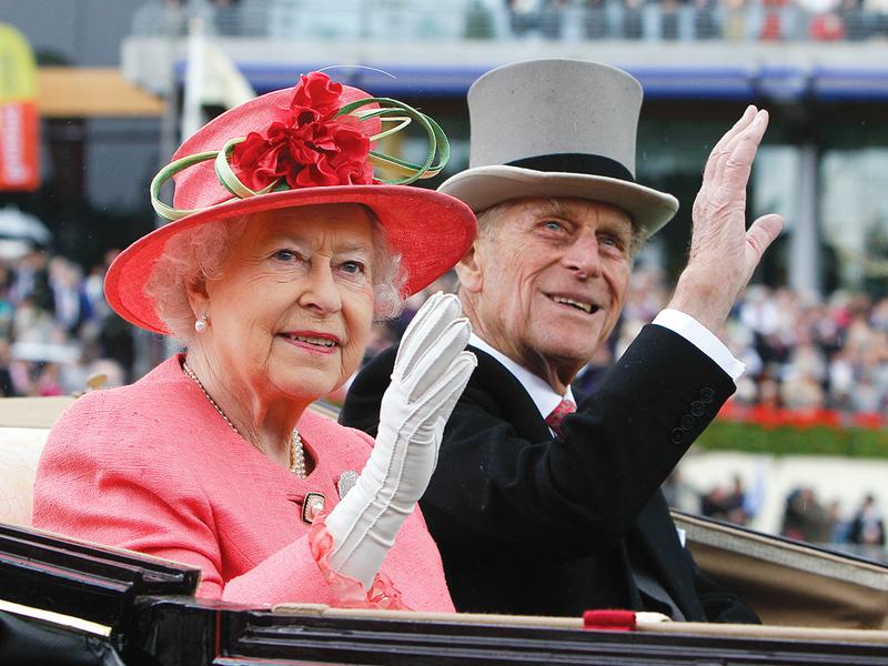 الأمير فيليب قال للسفير المصري إن مصر ليست عربية بحضور الملكة إليزابيت.   أرشيفية