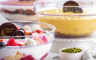 الصورة: «مستر بيكر» في رمضان: كعكة التمر وبسكويت في القهوة