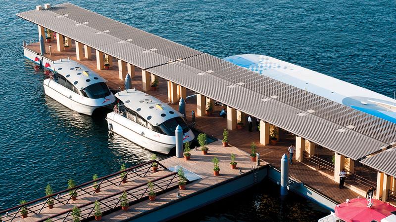 منظومة متنوعة من وسائل النقل البحري.   من المصدر