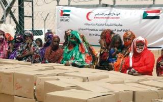 الصورة: «الهلال الأحمر» تسيّر قوافل إغاثية إلى السودان
