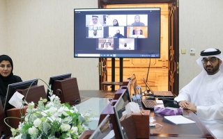 الصورة: لجنة بـ «استشاري الشارقة» تناقش تحديات الأسرة