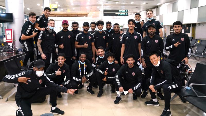 فريق الوحدة في صورة عامة قبل مغادرته الهند على متن طائرة خاصة إلى الإمارات. من المصدر