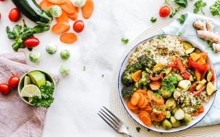 الصورة: 5 إرشادات للحفاظ على الوزن في رمضان