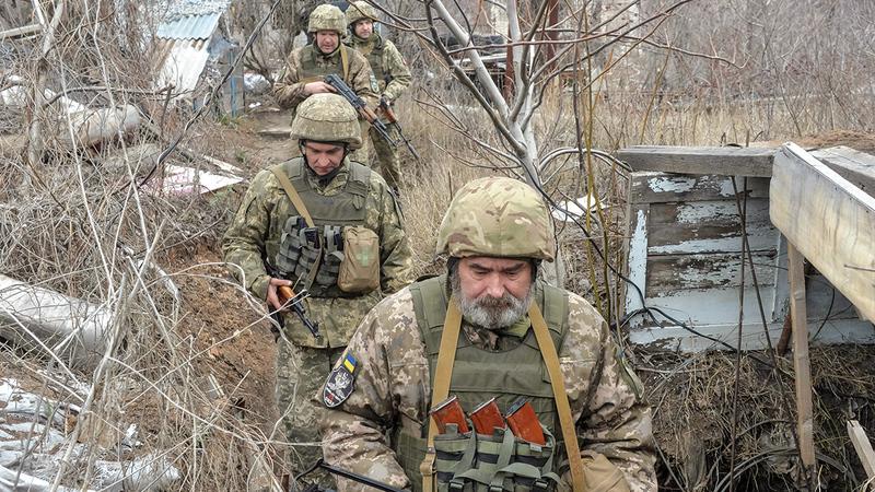 قوات من الجيش الأوكراني الذي يتمتع بتجربة أكبر في القتال مقارنة بالجيوش الأخرى في أوروبا. رويترز