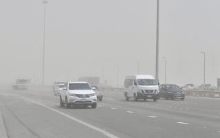 الصورة: يالصور.. عاصفة رملية في مصفح بأبوظبي
