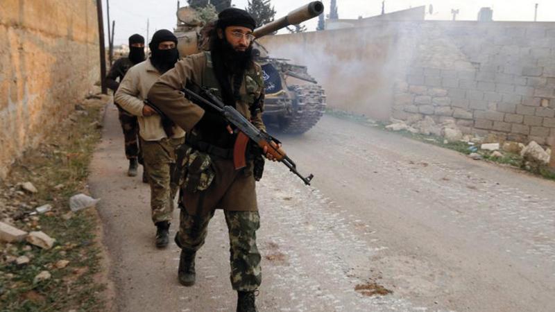 ملسحون من تنظيم القاعدة الذي انخفضت تهديداته بصورة كبيرة منذ غزو الولايات المتحدة لأفغانستان عام 2001.  ارشيفية