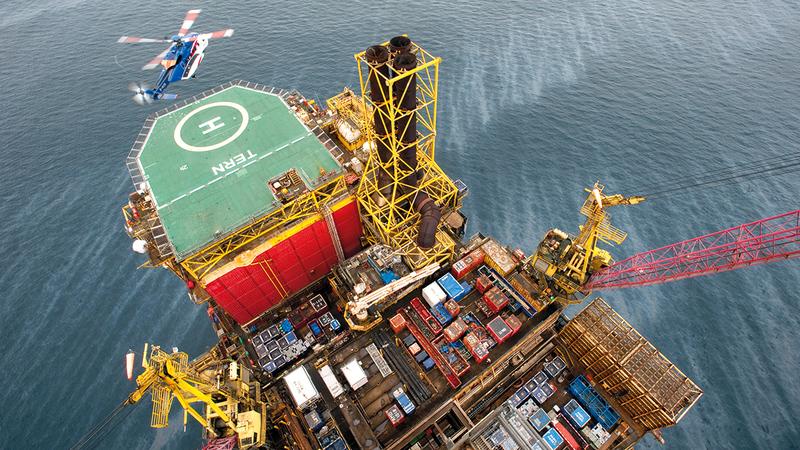 120.7 مليون برميل مكافئ نفطي يومياً متوسط إنتاج «طاقة» من النفط والغاز.  أرشيفية