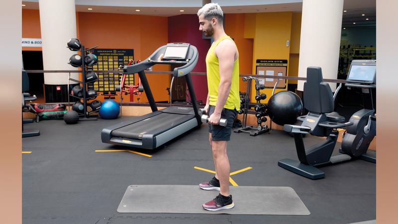 من التمارين الوظيفية التي تستخدم عضلات الجسم كلها.  تصوير: أحمد عرديتي