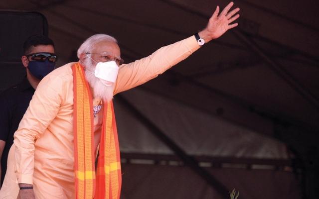 الصورة: الغضب المتزايد من كارثة «كورونا» بالهند يؤثر في شعبية مودي