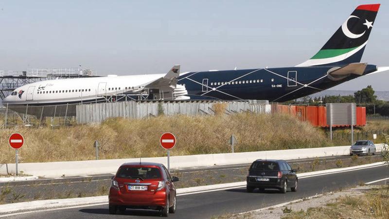 طائرة العقيد القذافي تقبع في مطار بربينيان للصيانة.  من المصدر