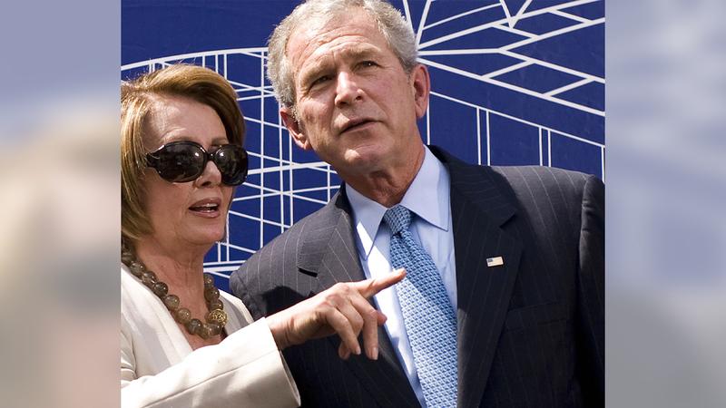 بيلوسي منعت القيام بمحاولة لعزل بوش بسبب العراق.   أرشيفية