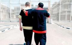 الصورة: متبرع يسدد مديونية  3 مواطنين بـ 200 ألف درهم