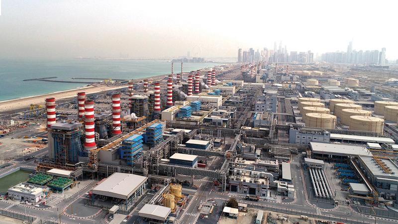«ديوا» لديها حالياً 43 وحدة إنتاج مياه تعمل بتقنية التقطير الومضي.   من المصدر