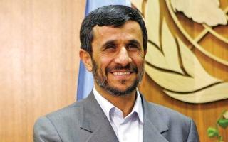 الصورة: رئيس إيران السابق أحمدي نجاد يخوض انتخابات الرئاسة مجدداً
