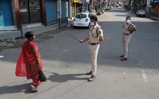 الصورة: إغلاق في «غرب البنغال» الهندية بسبب ارتفاع الإصابات بـ «كورونا»