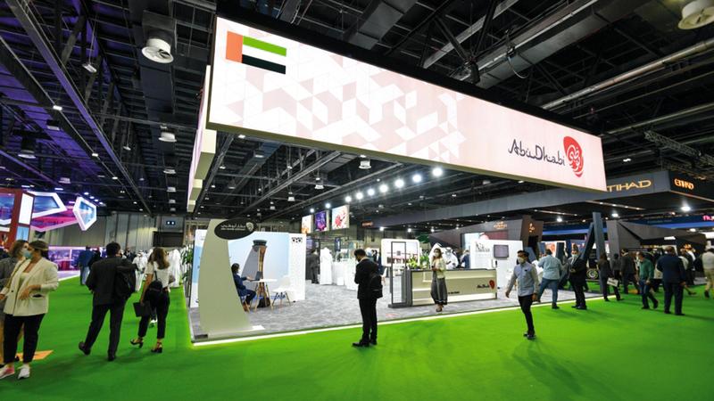 «سياحة أبوظبي» أكدت على هامش «سوق السفر العربي» أن معدلات الإشغال الفندقي وصلت إلى نحو 70% خلال الجائحة.   تصوير: أشوك فيرما